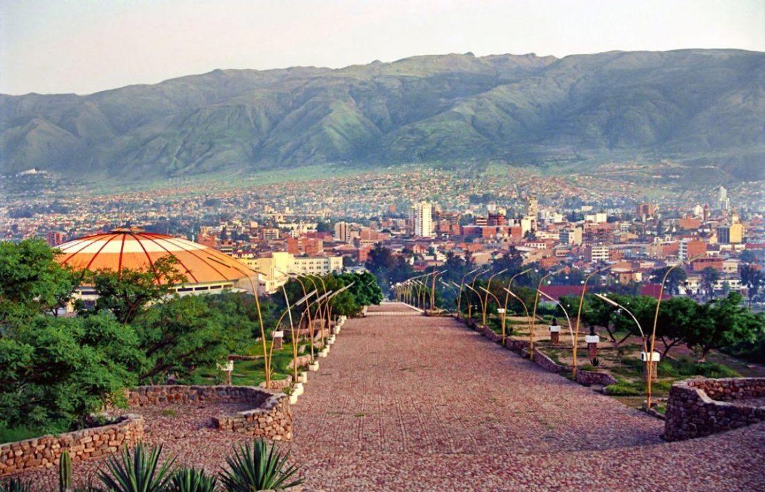 Coronilla-Hill-Cochabamba-Bolivia-1200x773
